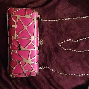 Clutch purse with chain